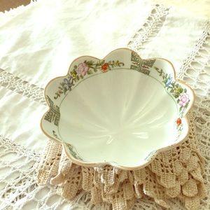 Vintage Nippon Scalloped Pedestal Bowl